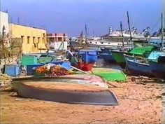 A stroll through the harbor and the old town of Hurghada - #Egypt #Travelvideo