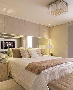 Sonho de quarto... Moderno, sofisticado e aconchegante. Quem não quer um desse? Hahahah.❤️✨ Projeto: Monise Rosa.