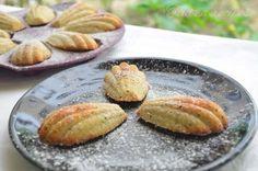 Tupperware, Pistachio Cookies, Dessert Recipes, Desserts, Baked Potato, Potatoes, Baking, Ethnic Recipes, Food