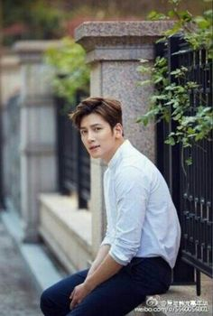 ❤❤ 지 창 욱 Ji Chang Wook ♡♡ why so handsome. Ji Chang Wook Smile, Ji Chan Wook, Asian Actors, Korean Actors, Saranghae, Empress Ki, Suspicious Partner, Dong Hae, Korean Star