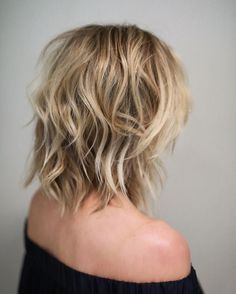 50 Best Variations of a Medium Shag Haircut for Your Distinctive Style Shoulder-Length Medium Shaggy Haircut Medium Length Hair Cuts With Layers, Medium Hair Cuts, Short Hair Cuts, Medium Hair Styles, Curly Hair Styles, Medium Cut, Shaggy Medium Hair, Short Medium Length Hair, Medium Layered