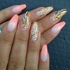 Throwback, yay or nay?  #Borås #nails #naglar #nailpro #nailpolish #nailpromote #nailporn #nailprodigy #gelnails #gelenaglar #naglargöteborg #naglarborås #beautiful #nailmail #nailmaster #nailswag #nailstagram #nailsofinstagram #amazing #glitter #fashion #ghmanicure #hudabeauty #fashionnails #acrylic #tmblrfeature #nailfreak #dopenails #love #melformakeup