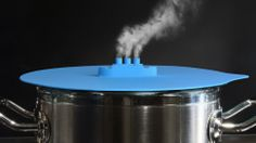Watch This Tiny Ship Steam Its Way Across a Boiling Pot