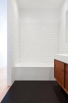 La SHED architecture avait le mandat de de transformer un duplex en maison…