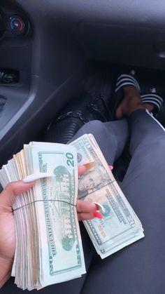 Mo Money, How To Get Money, Cash Money, Money On My Mind, Money Pictures, Business Baby, Money Stacks, Manifesting Money, Motivation Goals