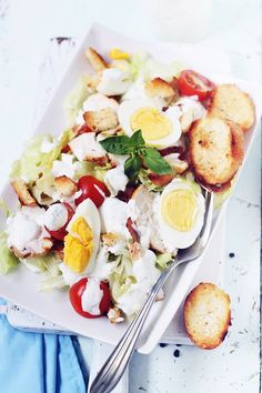 salata caesar Caesar Salad, Cobb Salad, Food Photography, Veggies, Lunch, Dinner, Summer, Salads, Dining