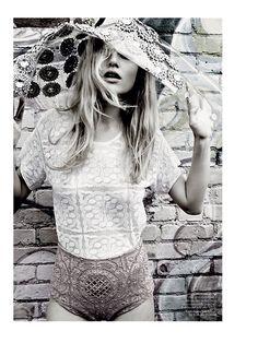 Pretty! ~ Magdalena Frackowiak by Patrick Demarchelier