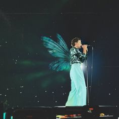 Harry Styles Cute, Harry Styles Pictures, One Direction Pictures, I Love One Direction, Harry Edward Styles, Long Lost Love, Sammy, Harry Styles Concert, Fairies Photos