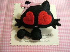 Black Cat brooch by MademoiselleJolie on Etsy