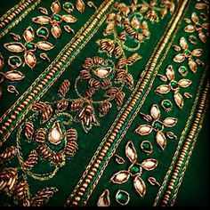 The intricate detail of our favorite paisley embroidery is a labour of love. From the delicate zardosi needle work to the subtle crystal bling.our workshop is glowing with this beauty! Paisley Embroidery, Zardosi Embroidery, Embroidery Suits Design, Hand Work Embroidery, Hand Embroidery Designs, Bead Embroidery Jewelry, Soutache Jewelry, Embroidery Dress, Vestidos