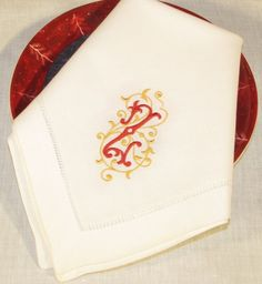 Esme Monogrammed Napkins & Placemats-http://bellalino.com/Luxury%20Table%20Linens/esme_signature_table.htm