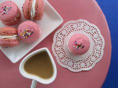 my feelings taste like cupcakes: Raspberry Macarons with Lemon Buttercream Filling