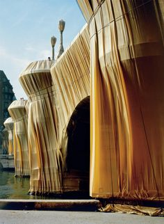 The Pont Neuf Wrapped, Paris, 1975-85
