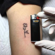 Do you want to get a rose tattoo inside arm? I'm going to offer you some wonderful ideas of rose tattoo inner arm with meaning. Rose tattoo inside the arm. Tiny Rose Tattoos, Black Rose Tattoos, Dainty Tattoos, Little Tattoos, Trendy Tattoos, Mini Tattoos, Cute Tattoos, Flower Tattoos, Body Art Tattoos