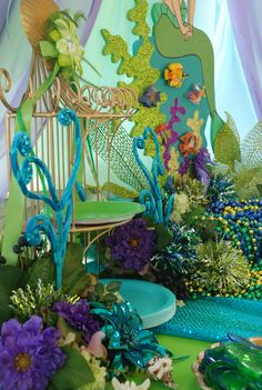 Little Mermaid under the Sea theme party table display. Decorations by : Wonderland Party Props