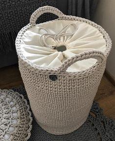 New ideas for crochet rug diy weaving Crochet Storage, Crochet Box, Crochet Basket Pattern, Knit Crochet, Crochet Baskets, Free Crochet, Knitting Patterns, Crochet Patterns, Crochet Handbags