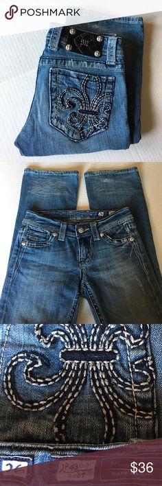 """HOST PICK 6/29❤️Miss Me NWOT Size 26 Cute jeans size 26 , new .Inseam 32"""" Miss Me Jeans Boot Cut"""