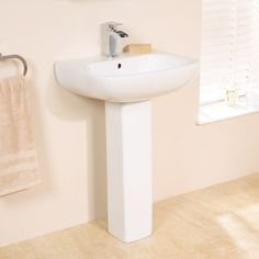 £44.95 Carona Basin and Pedestal