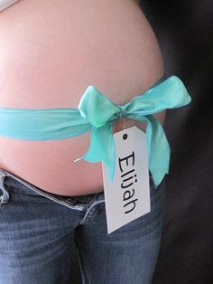 This is one of my favorite pictures I took of my lil sis! Such a beautiful belly. <3