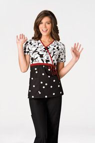 Tooniforms Mock Wrap Scrub Top in Big Minnie. A mock wrap top features a solid color bottom with a coordinating print bodice. Disney Scrubs, Cute Scrubs, Scrubs Uniform, Womens Scrubs, Scrub Tops, Custom Clothes, Role Models, Work Wear, Womens Fashion