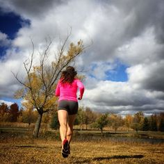 Put the effort get the reward. #happierhealthierstronger #healthylifestyle #fitness #fitnessmotivation #daretoplay #ktfall #karitraa #ktambassador #canada #montreal #running #runninggirl #stravaphoto #instarunner #trailrunner #pinkrunner #colors #fall#autumn #autumnleaves #automne #happieroutside #topoathletic #topoathleticcanada #happyrunner