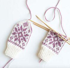 Ravelry: Floral Selbu pattern by Tonje Haugli Kids Knitting Patterns, Knitting For Kids, Baby Knitting, Cross Stitch Pattern Maker, Cross Stitch Patterns, Mitten Gloves, Mittens, Ravelry, Crochet Bikini
