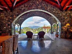 Arc Du Soleil Villa