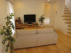バーチ系のナチュラルな床材にナラ・タモ無垢材の家具でコーディネートした実例です の画像|家具なび ~きっと家具から始まる家づくり~ 名古屋・インテリアショップBIGJOYが家具の視点から家づくりを提案