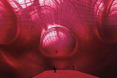 MONUMENTA : Anish Kapoor installe son «Leviathan au Grand Palais | «L'Esprit d'Avignon