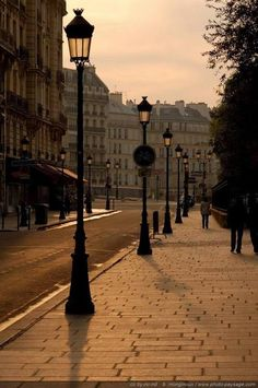It's a beautiful world - Paris - Les Quais