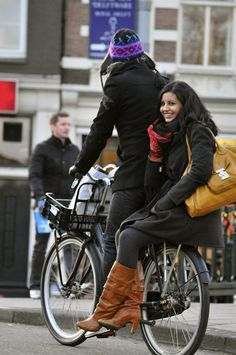 Cycle Around Town by Amsterdamized, via Flickr