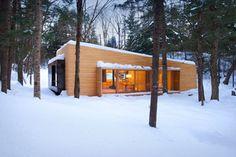 «La Luge» par yh2 architecture, à La Conception au Québec. Photo : Francis Pelletier. Source : v2com.