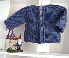Crochet Patterns Onesie Balina Top Down Cardigan- Baby Knitting pattern by OGE Knitwear Designs Baby Cardigan Knitting Pattern, Baby Knitting Patterns, Baby Patterns, Crochet Patterns, Quick Knits, Baby Vest, Dress Gloves, Jacket Pattern, Garter Stitch