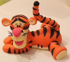 6853871043_7016ab4c2f_z.jpg 640×563 pixels.  Tiger