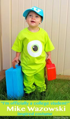 If you love easy peasy costumes, this is the one! The outfit took all of 10 minutes to make. The accessories another 45 minutes. In less than an hour you've got a cute inexpensive costume. FREE eyeball printable! Design Dazzle #monstersinc #DIYcostume #mikewazowski