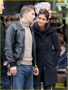Halle Berry & Olivier Martinez Visit Churches in Paris
