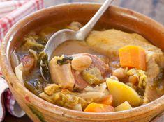 Un potage épais, nourrissant, riche, à base de ce que le terroir du sud-ouest propose de meilleur (légumes et viandes), c'est la promesse de cette recette...