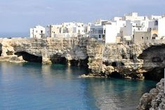 Polignano A Mare, Apulia, Italia Wonderful Places, Beautiful Places, Stunning View, Natural World, The Rock, Scenery, Places To Visit, Around The Worlds, Water