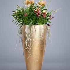 E Flowers, Flower Pots, Planting Flowers, Church Flower Arrangements, Orchid Arrangements, Container Design, Container Plants, House Plants Decor, Plant Decor