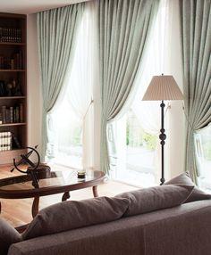 オーダーカーテンのイメージ Drapery, Window Treatments, Sweet Home, Backyard, House Design, Windows, Living Room, Interior Design, Home Decor