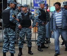 """В рамках """"зачистки"""" рынков Москвы задержали более 470 человек.."""