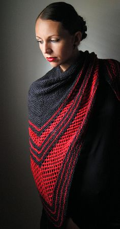 VIRAGO Shawl Knitting Pattern PDF by NorthboundKnitting on Etsy, $4.50