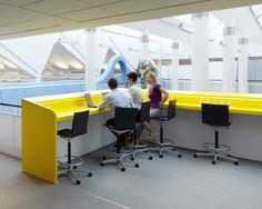 Yellow table bar photo AndersSuneBerg 1 700x559 LEGO Denmark Office   Version 2.0