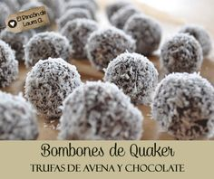 Bombones Quaker y Chocolate Kaak Recipe, Dessert Drinks, Dessert Recipes, Fudge, Small Desserts, Handmade Kitchens, Bread Machine Recipes, Pastry And Bakery, Cooking With Kids
