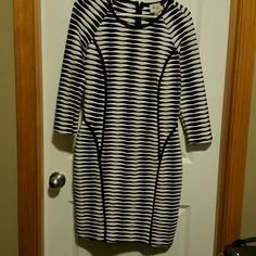 Dress Above knee dress size 8. Excellent condition. Dresses Long Sleeve