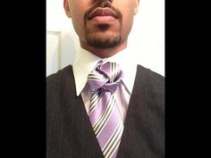 ▶ How to tie a tie: The Four Rings Knot - YouTube