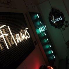 Rebecca Mason (Rococo Wonderland) Neon Art