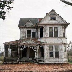 Old Farm house, detailed porch. Abandoned Farm Houses, Old Abandoned Buildings, Old Farm Houses, Abandoned Mansions, Old Buildings, Abandoned Places, Abandoned Library, Abandoned Prisons, Abandoned Detroit