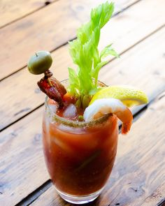 Blue Jean Chef, Pickled Green Beans, Brunch Drinks, Celery Rib, 2000 Calories, How To Cook Shrimp, Bloody Mary, Brunch Recipes, Drink Recipes