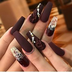 54 Breathtaking acrylic gel coffin nail design, so that the summer nails . - 54 Stunning acrylic gel coffin nail design to make summer nails look elegant! Coffin Nails Glitter, Best Acrylic Nails, Coffin Nails Long, Stiletto Nails, Gold Glitter, Rhinestone Nails, Bling Nails, 3d Nails, Matte Nails